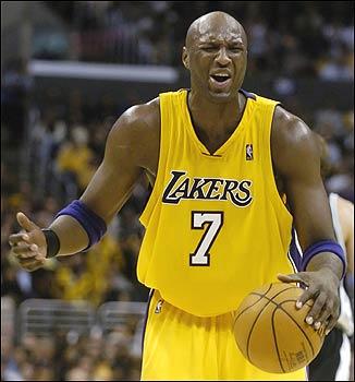257ad54ad ... pelo menos no papel. São os três mais talentosos em cada posição e  daria um ranking melhor para o Lakers no video game. Mas nos primeiros  treinos ...